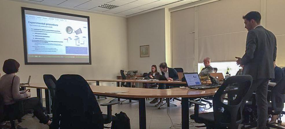 Un momento della presentazione della tesi dell'ing. Rigon relativa alla saldatura laser per l'aerospazio.