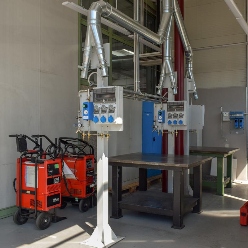 Un laboratorio per la formazione dei saldatori.